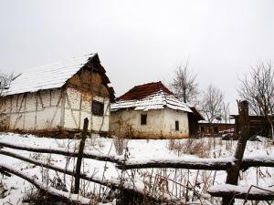 Alte Bauernhäuser via dinas on flickr